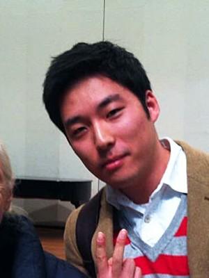 Kim Yong-woo